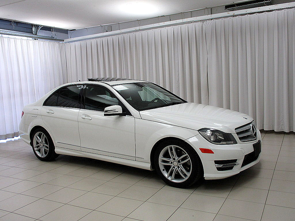 pre-owned 2013 mercedes-benz c-class c300 4matic awd sedan sedans