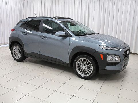 Pre-Owned 2018 Hyundai Kona AWD SUV w/ HEATED FRONT SEATS, HEATED STEERING WHEELS, TINTED GLASS, ROOF RAILS, BLUETOOTH, BACKUP CAMERA AND SO MUCH MORE!!